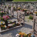 Le lapidi delle Vittime del comune di Tesero sepolte nel cimitero di S.Leonardo