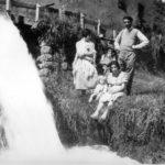 Casa Mich «Vèsü»: canale del mulino «dei Cüchi» e ruota del trinciaforaggi del «Vèsü» (anno 1933)